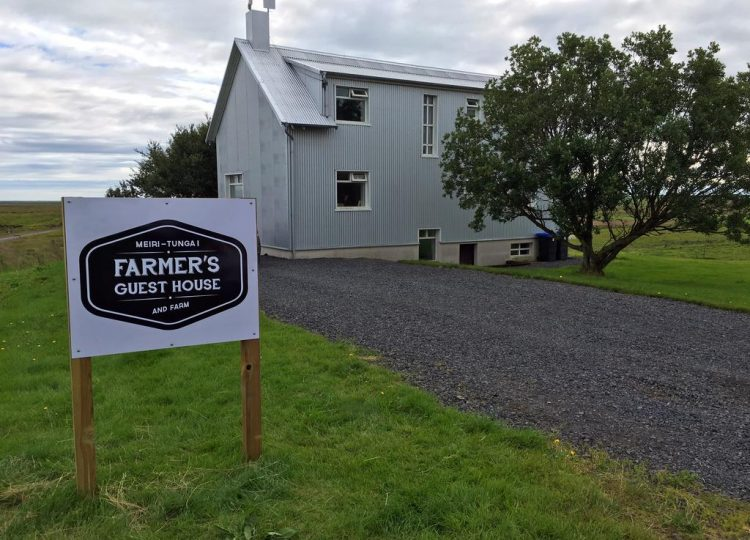 Farmer's Gistihús