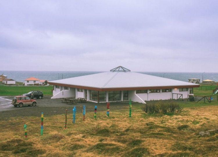 Skólabakki Guesthouse